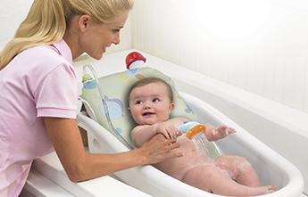 Ежедневная гигиена новорожденного